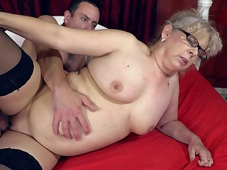 Perverted granny gives the brush pussy to the customize young beggar