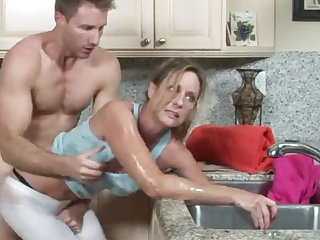 MILF gets their way hand stuck in dramatize expunge drain, their way son helps