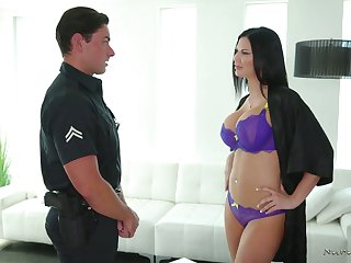 Mouth watering masseuse Jasmine Jae gives the hottest nuru massage ever