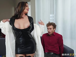 Asian bombshell MILF in boots Kaylani Lei gets a conceitedly facial