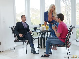 MILF blonde whore Nicolette Shea bounces on a big fat learn of hardcore