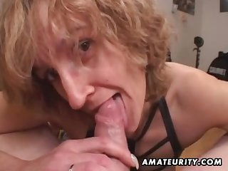 Mommy mediocre sex wife gives head with ejaculate